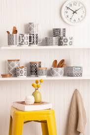 rosanna sets the table kitchenware news u0026 housewares