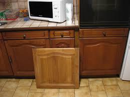 repeindre des meubles de cuisine rustique beau comment patiner un meuble en bois vernis 5 repeindre meuble