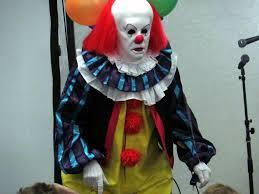 Halloween Usa Costumes S O Not Clowning Around For Halloween The Setonian