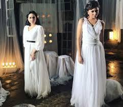 wedding dress nagita slavina cantiknya nagita slavina dan marshanda di klip lagu antara ada dan