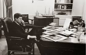 Oval Office Desk by Old Photos Of U S Presidential Phone Calls Vintage Everyday