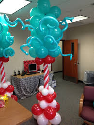 dr seuss balloons 24 best balloons dr seuss images on balloon