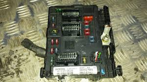 t118470003g 964349888 00 general module comfort relay citroen