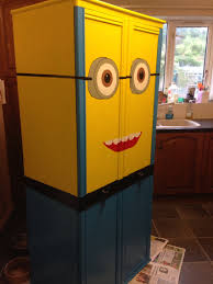 dollar store garbage can spray painted like a minion crafts minion despicableme wardrobe furniture