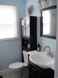 Tiny Bathroom Makeovers - small bathroom makeover