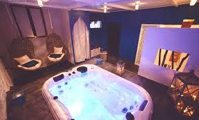 hotel avec jaccuzzi dans la chambre awesome hotel avec acces spa privatif contemporary design