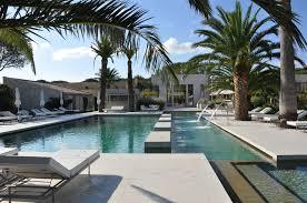 8 glamorous hotel pools
