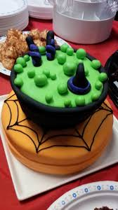 Best Halloween Cake by Fondant Cakes And Crochet