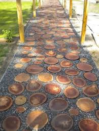 how the sliced wood walkway turned out for the home