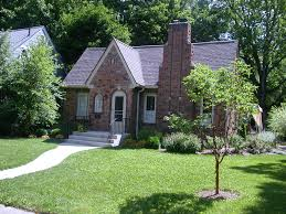 Cottage Curb Appeal - gallery