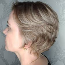 short choppy razored hairstyles 33 short choppy haircuts that are popular for 2018