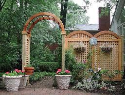 Trellis As Privacy Screen Best 25 Lattice Garden Ideas On Pinterest Diy Arbour Lattices