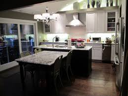 suburban transitional remodel photo by ross portenoy