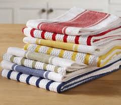 kitchen dish towels what is a towel with pictures and white