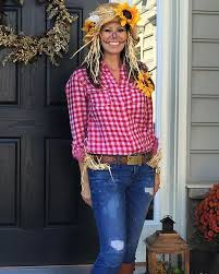 35 Diy Halloween Costume Ideas Today 25 Halloween Costumes Scarecrow Ideas