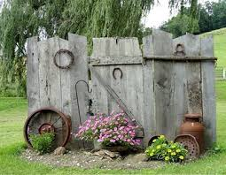 Rustic Outdoor Decor Best 25 Rustic Garden Decor Ideas On Pinterest Primitive Garden