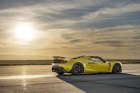 convertible bugatti hennessey venom gt spyder beats bugatti becomes world u0027s fastest