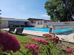chambre d hotes royan gîtes et chambres d hôtes de charmes avec piscine la bertonnière