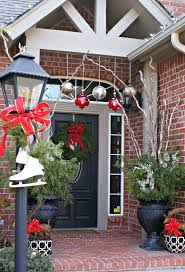 Christmas Decorations Outdoor Roof by Decorating Ideas Outdoor Christmas Front Porch Design Using White