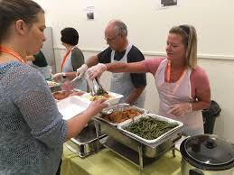 volunteers serve more than 1000 dinners at thanksgiving for paso