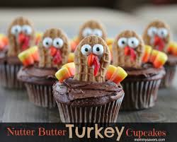 fun thanksgiving treats turkey decorated cupcakes