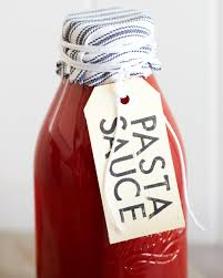 traditional italian tomato pasta sauce a pinch of this a dash