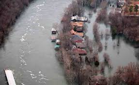 Table Rock Lake Flooding Johnson City Press Several Levees Monitored In Missouri Death