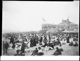Long Beach California Map File Crowds Of People On The Beach Near The Bath House In Long