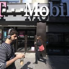 t mobile black friday deals t mobile goes after verizon with free galaxy deal