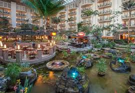 the gaylord opryland resort hotel in nashville tennessee