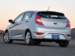 accent hyundai review 2013 hyundai accent overview cargurus