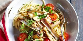 cuisiner des couteaux spaghettis aux couteaux facile recette sur cuisine actuelle