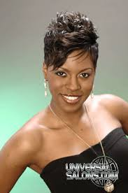 universal black hair salon why knot hair salon stylist patricia clinkscales model