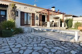 chambre d hote lancon de provence stayinprovence l angelière villa lançon provence