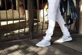 Skinny White Jeans Mens White Jeans What To Wear With Statement Summer Denim The Idle Man