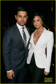 demi lovato u0026 wilmer valderrama call it quits after six years of