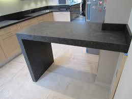 table cuisine haute cuisine avec table haute 1 table en granit avec jambage