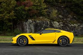 lifted corvette 7 neat things about the corvette z06 motor trend
