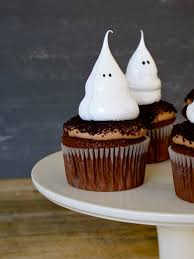 jenny steffens hobick halloween cupcakes ghost meringue cupcakes