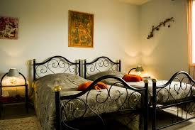chambre d hote beaujolais chambres d hôtes dans le beaujolais les cadoles agnès m