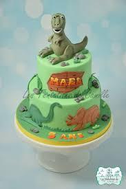 dinosaur cakes dinosaur cake cake by les tentations de camille cakesdecor