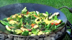 cowboy vegetable garden stir fry in the texas bird bath wok youtube