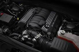 2012 chrysler 300 srt8 brings the thunder with 465hp 6 4 liter hemi v8