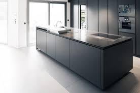 comptoir de c駻amique cuisine chaise à manger en bois la mode comptoir de granit gris poli
