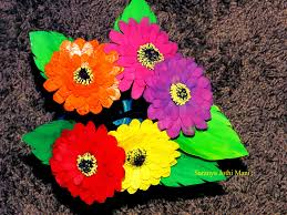 Zinnia Flowers Zinnia Flowers Made With Plastic Cans The Handmade Crafts