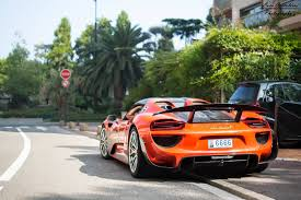 what is in your opinion the best color for the porsche 918 spyder