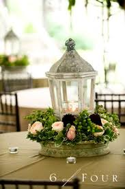 Wedding Centerpiece Lantern by Lanterns Make For Great Centrepieces Photos By The Knot Top