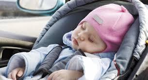 peut on mettre un siege auto devant les airbags en voiture avec un bébé babycenter
