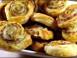 recette boursin cuisine feuilletés boursin et graines de pavot recette ptitchef