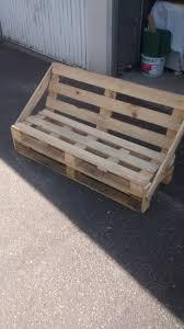comment fabriquer un canap en bois de palette comment faire une banquette en bois idees de dcoration